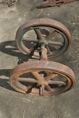 Rare Independent Harvester 1 34 Hp Hit Miss Gas Engine Flywheels Crankshaft Set