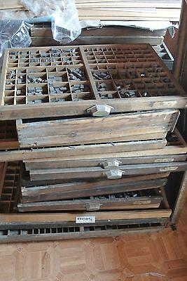 Tiroir,casier d'imprimeur vide,imprimerie MEUBLE METIER