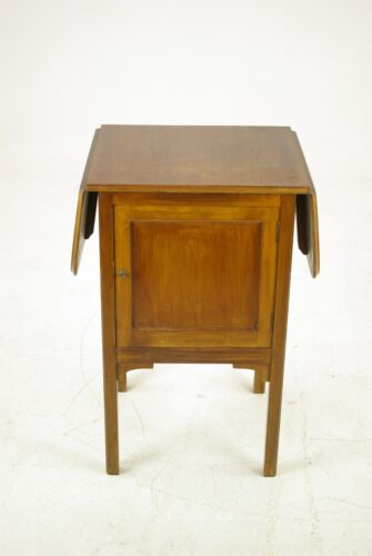 Vintage Walnut Nightstand, Lamp Table, Bedside, End Table, Scotland 1930, B1172