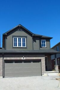 **ALL INCLUSIVE** 8 Room Semi-Detached Home!!!