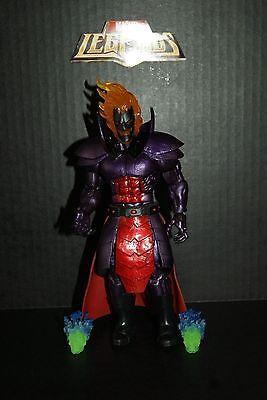 Marvel Legends Dormammu BAF Figure Complete -W / Flaming Skulls - Doctor Strange