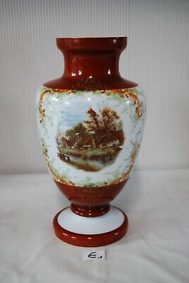 E1 Ancien vase en opaline - Maison au bord de l'eau