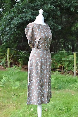 Original 1940s two piece  top blouse and skirt matching novelty print