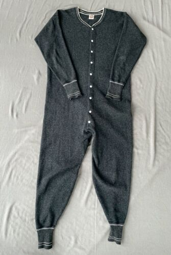 1940s Vintage Wool UNION SUIT XL 50 Dark Gray Flagg Bodygard Underwear Workwear