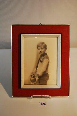 C128 Ancienne photo - cadre vintage - rouge