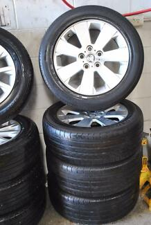 "4 SET 17""  ALLOY WHEELS AND TYRES COMMODORE + GOOD CONDITION"