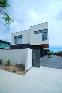 BRAND NEW THREE BEDROOM TOWNHOUSE IN WOODVILLE