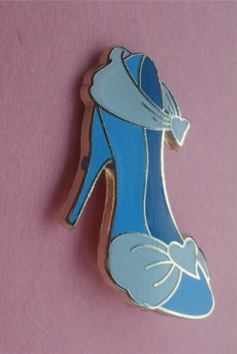 Cinderella - Princess Designer Shoes Disney Lapel Pin