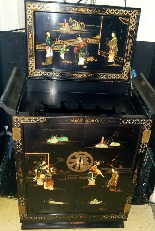 Beautiful antique oriental black lacquer bar