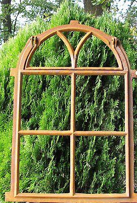 Gotikfenster mit Klappe  Gussfenster Spiegel Halbkreis Fenster