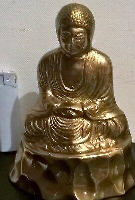 large gilded bronze buddha casting