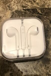 Genuine iPhone headphones/ earplugs for iPhone 4, 5, 6