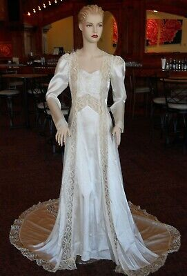 Vintage Wedding Gown Dress, 1940s, Ivory Satin, Collectible
