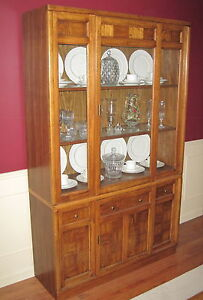 Oak Hutch and Display Cabinet -NOW $10 REDUCED