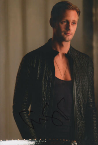 Alexander Skarsgard Autogramm signed 20x30 cm Bild
