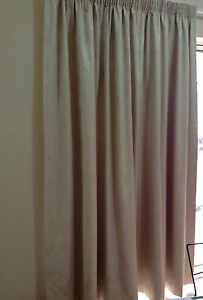 Curtains for sale Galston Hornsby Area Preview