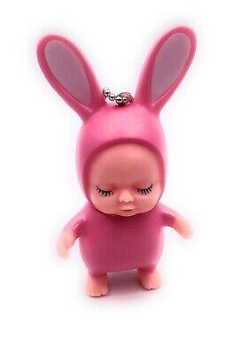 Puppe Baby im Hasenkostüm pink Schlüsselanhänger Anhänger ()