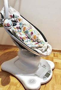 Mamaroo + infant insert and mobile bought 2015