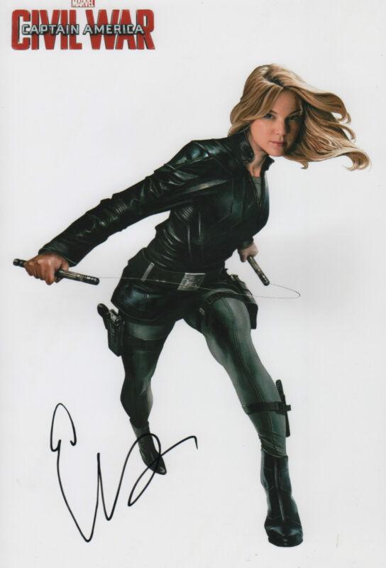 "Emily VanCamp ""Civil War"" Autogramm signed 20x30 cm Bild"