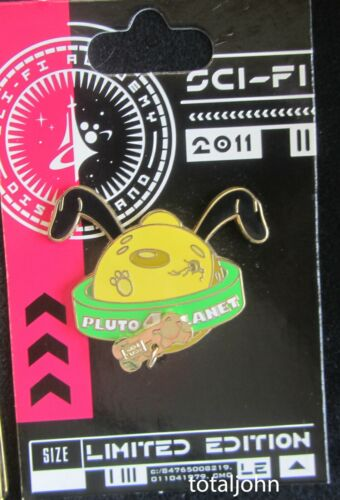 83330 DLR - Sci-Fi Academy - Pluto 4 Planet Pin