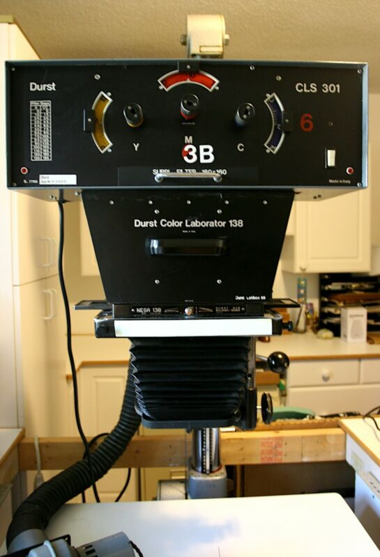 DURST LABORATOR 138S 5x7 DARKROOM ENLARGER with CLS 301 color head COMPLETE