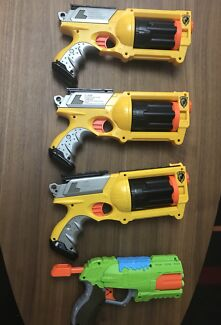 3 Nerf N-strike & X-shot guns in good condition, complete bullets