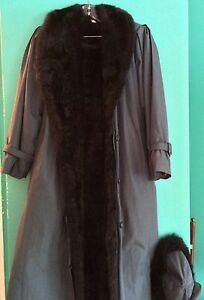 Manteau hiver avec pelisse en fourrure d'opossum