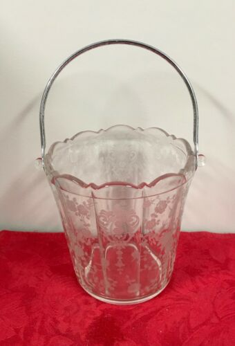 Cambridge  Rose Point Etched Ice Bucket w/handle