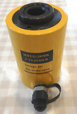 20 TON HOLLOW HYDRAULIC RAM CYLINDER WITH 50 mm STROKE. £99.00 + VAT