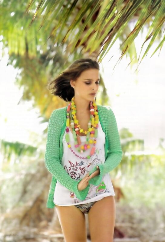 Natalie Portman Posing With Colored Necklaces 8x10 Photo Print