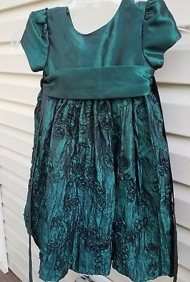 Green Dresses For Little Girls (Cinderella Gorgeous Little Girls Dress, Size 2/2T    Perfect for the)