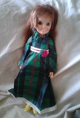 Ideal Crissy Grow Hair Doll Crissy Family . In green she works