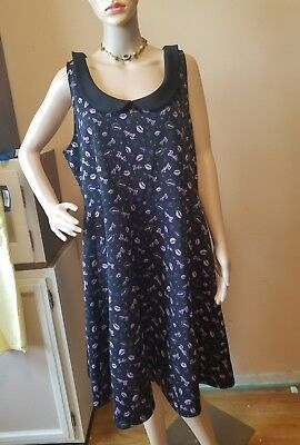 Barbie brand clothes women dress size 2 black with pink lips, barbie, hearts