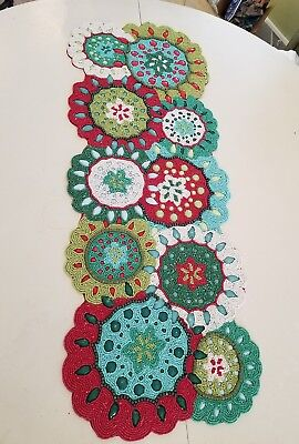NEW PIER 1 FROSTY FUN LIGHTS 36 INCH BEADED CHRISTMAS TABLE RUNNER