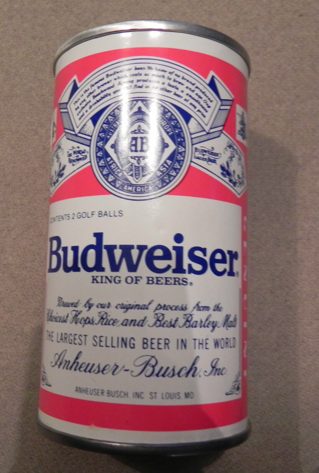 Разное BUDWEISER ~ SEALED CAN WITH 2 GOLF BALLS ~ NEW UNOPENED