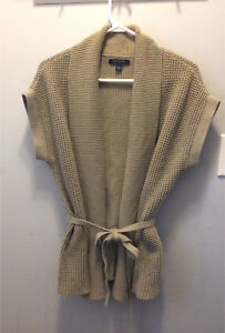Beautiful Banana Republic Sweater