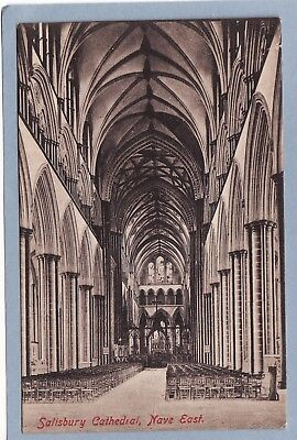 VINTAGE POSTCARD -WILTSHIRE,  SALISBURY CATHEDRAL, NAVE EAST - Unposted