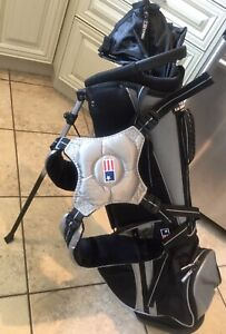 "US Kids Golf Bag - 3 US Kid irons & 2 Intech junior 54"" Height"