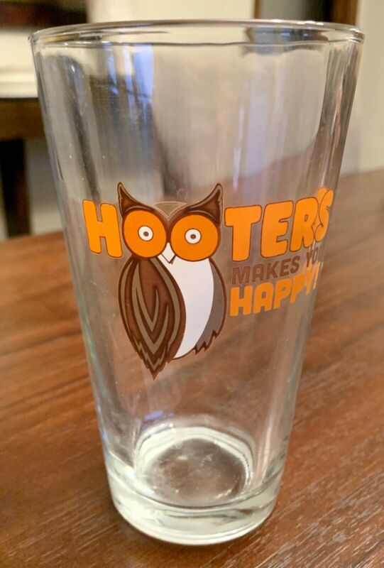 New Hooters Makes You Happy! Pint Beer Glass.
