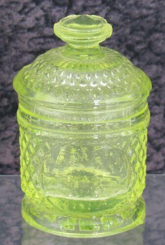 Boston & Sandwich Diamond & Medallion Canary Vaseline Pressed Glass Pomade Jar