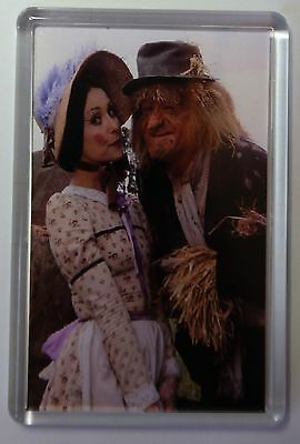 WORZEL GUMMIDGE / AUNT SALLY FRIDGE MAGNET-  RETRO -FREE Postage