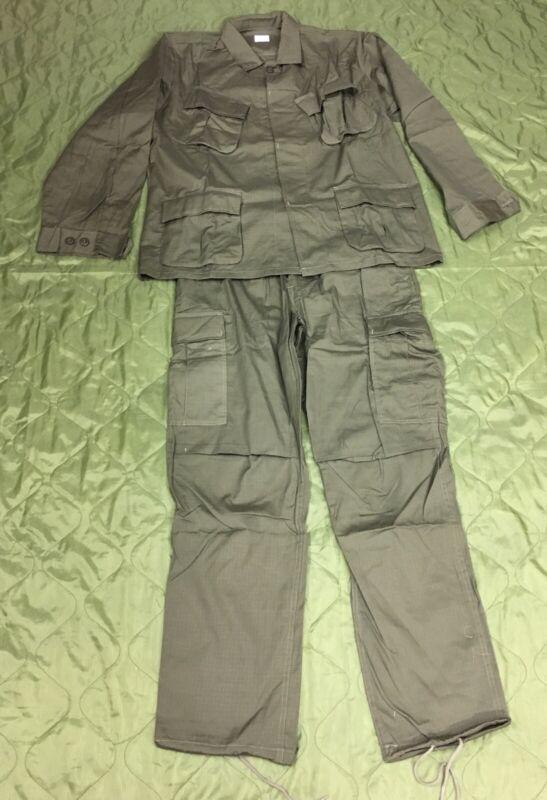 ( Medium) Vietnam  OD  Tropical Combat Uniform Set (Reproduction)