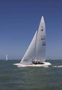 Etchells Hull No. 418 Thorneside Redland Area Preview