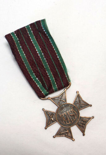 WWI US Military Forces Veteran Service Award Medal Pin ~ Gustave Fox