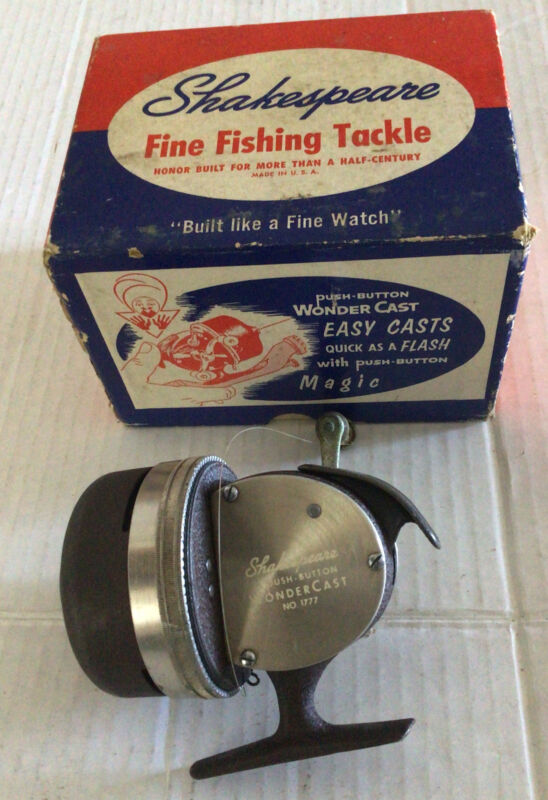 VINTAGE OLD FISHING REEL SHAKESPEARE WONDER CAST 1777 W/Box