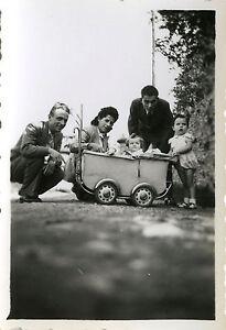 photo ancienne vintage snapshot enfant b b jouet landau dr le mode child. Black Bedroom Furniture Sets. Home Design Ideas