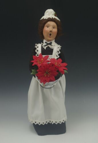 BYERS CHOICE CAROLERS 1999 MAID WITH POINSETTIA BOWLS CHRISTMAS CAROLER SIGNED