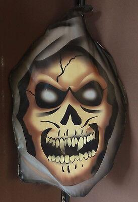 "Wanddeko ""Death"" Monsterkopf Totenkopf Halloween - wattiert"