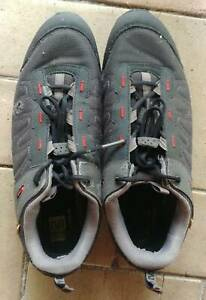 Louis Garneau SPD (clipless) cycling shoes. Fair condition. UK 12