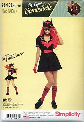 Plus Size Batwoman Costume (Simplicity 8432 DC Comics Bombshells Batwoman Costume Sewing Pattern UNCUT)